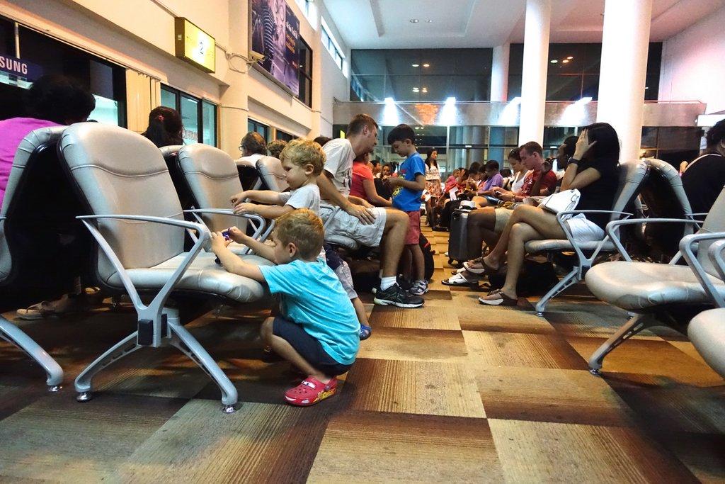 В аэропорту Surat Thani