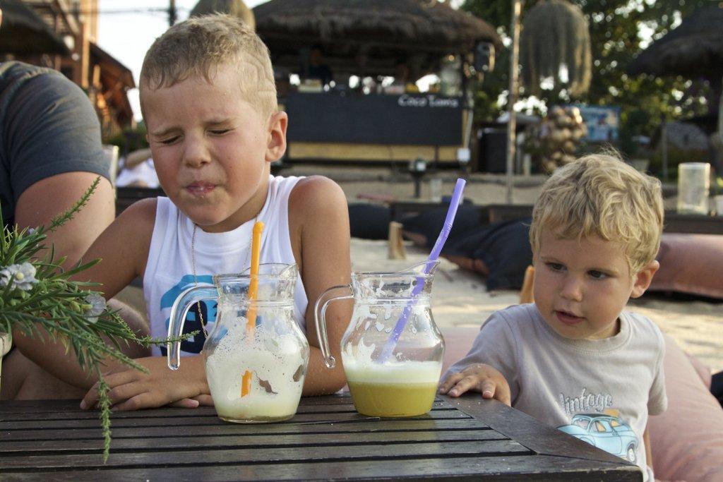 Coconut bar: что-то Егору не сладко