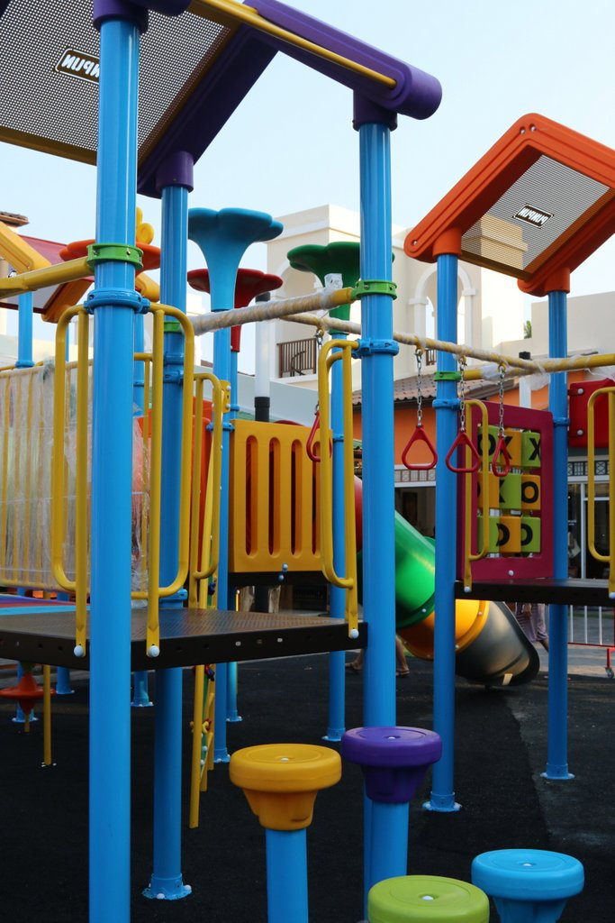 Детская площадка возле ТЦ The Wharf (Самуи, Бопхут)